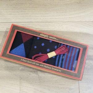 Other - 3 Pair Men's Sock Set W/Fashion Shoelaces